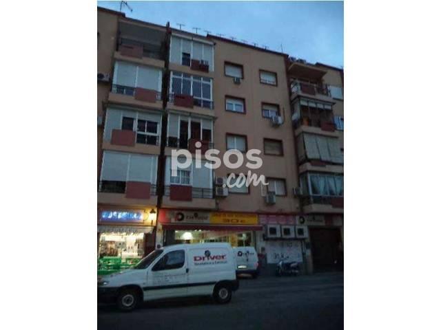 Local comercial en venta en San José-San Carlos-Fontanal, San José-San Carlos-Fontanal (Distrito San Pablo-Santa Justa. Sevilla Capital) por 403.000 €